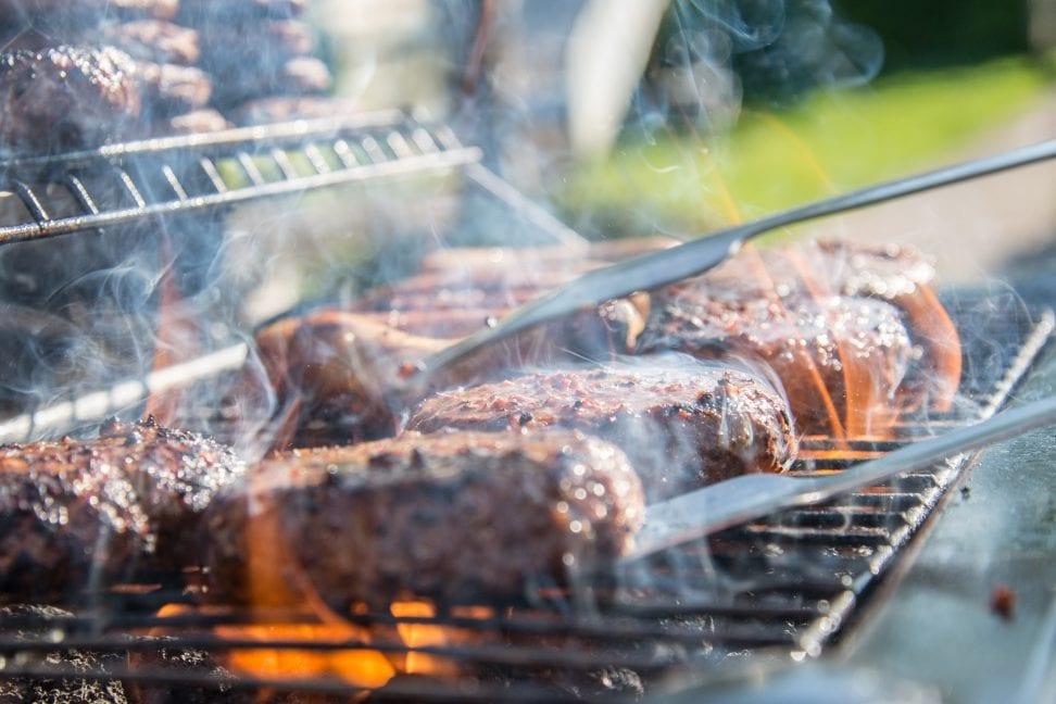 carne cocinándose